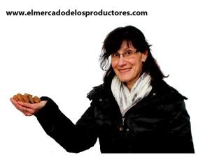 Belén Soldevilla, una mujer productora de nuez y almendra ecológica en el Valle del Cidacos (La Rioja)
